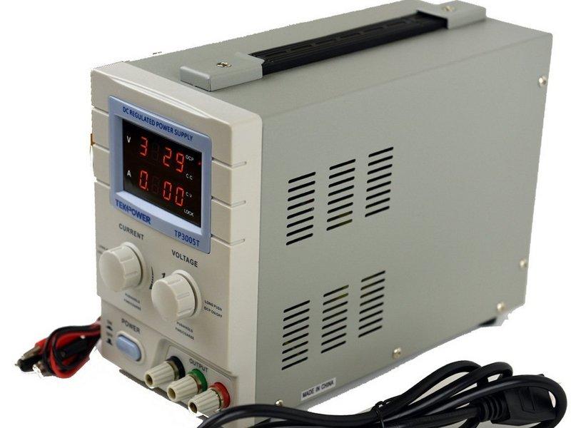 5 Peralatan Uji Elektronik Untuk Laboratorium yang Harus Anda Miliki