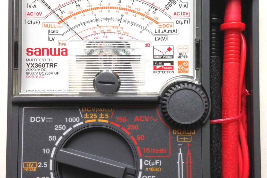 keunggulan Multimeter Analog dan Fluke Multimeter